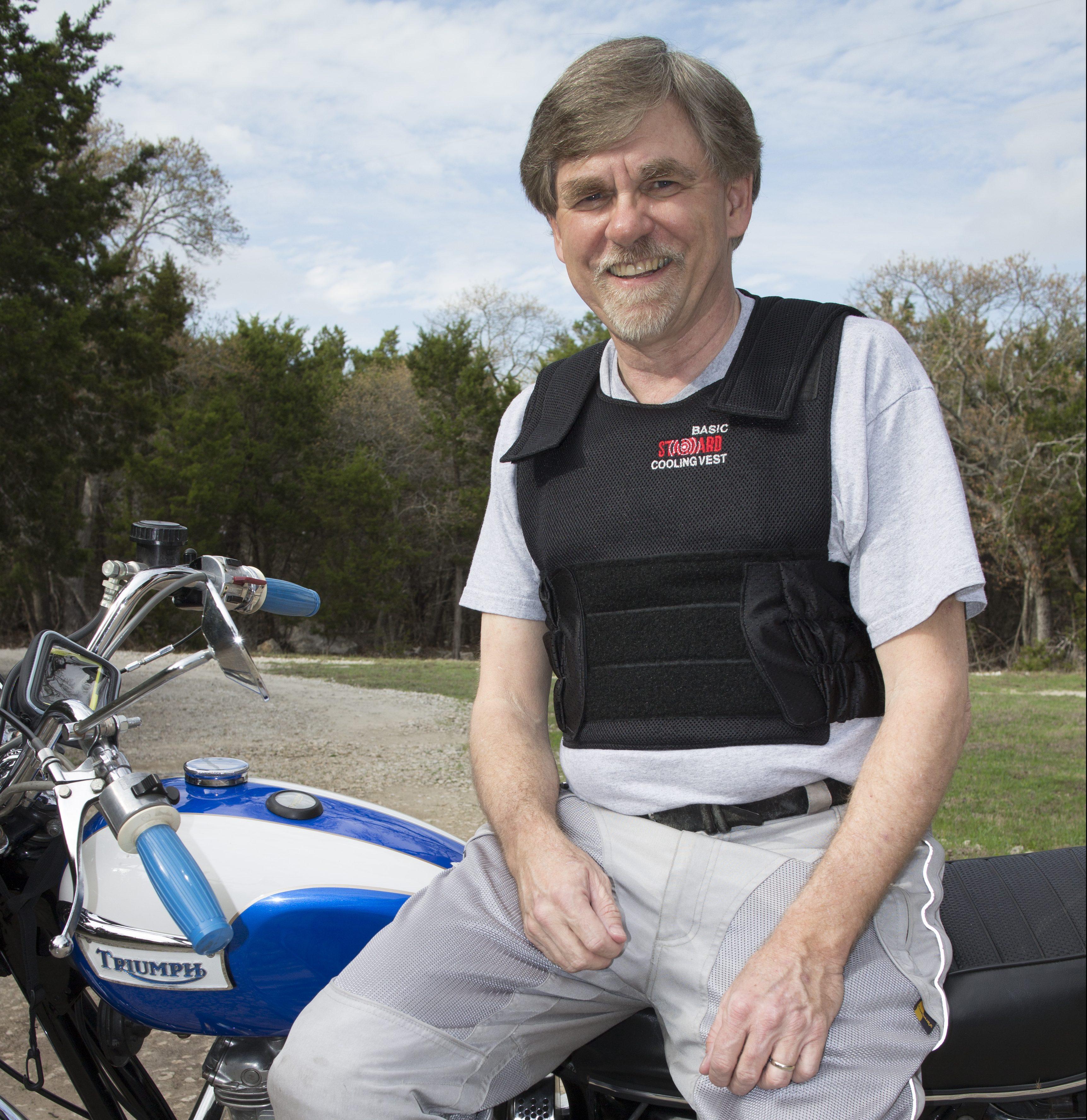 Motorcycle Standard Basic_credit Wayne Roth